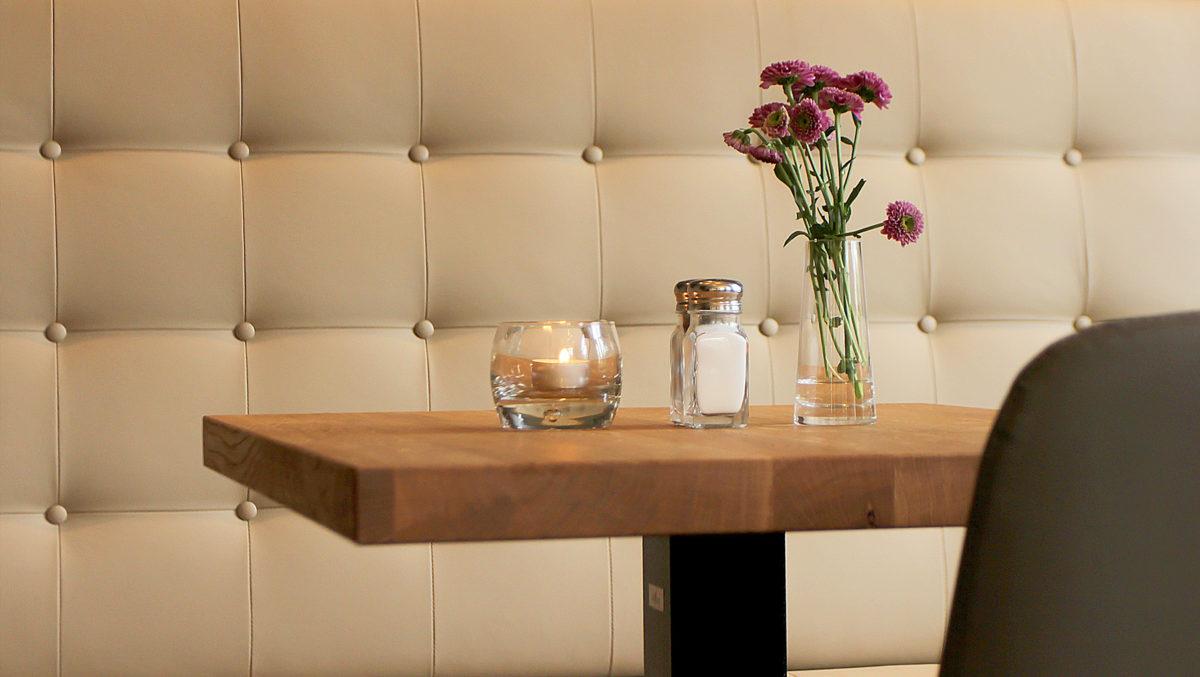 Freier Tisch im Restaurant friedrich